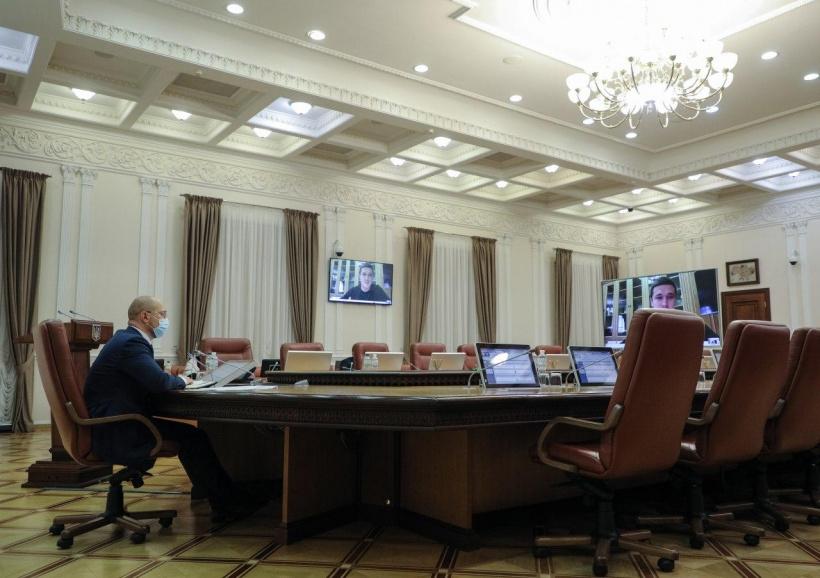 На соціальну підтримку людей в проекті Держбюджету-2021 закладено рекордну кількість коштів, — Денис Шмигаль