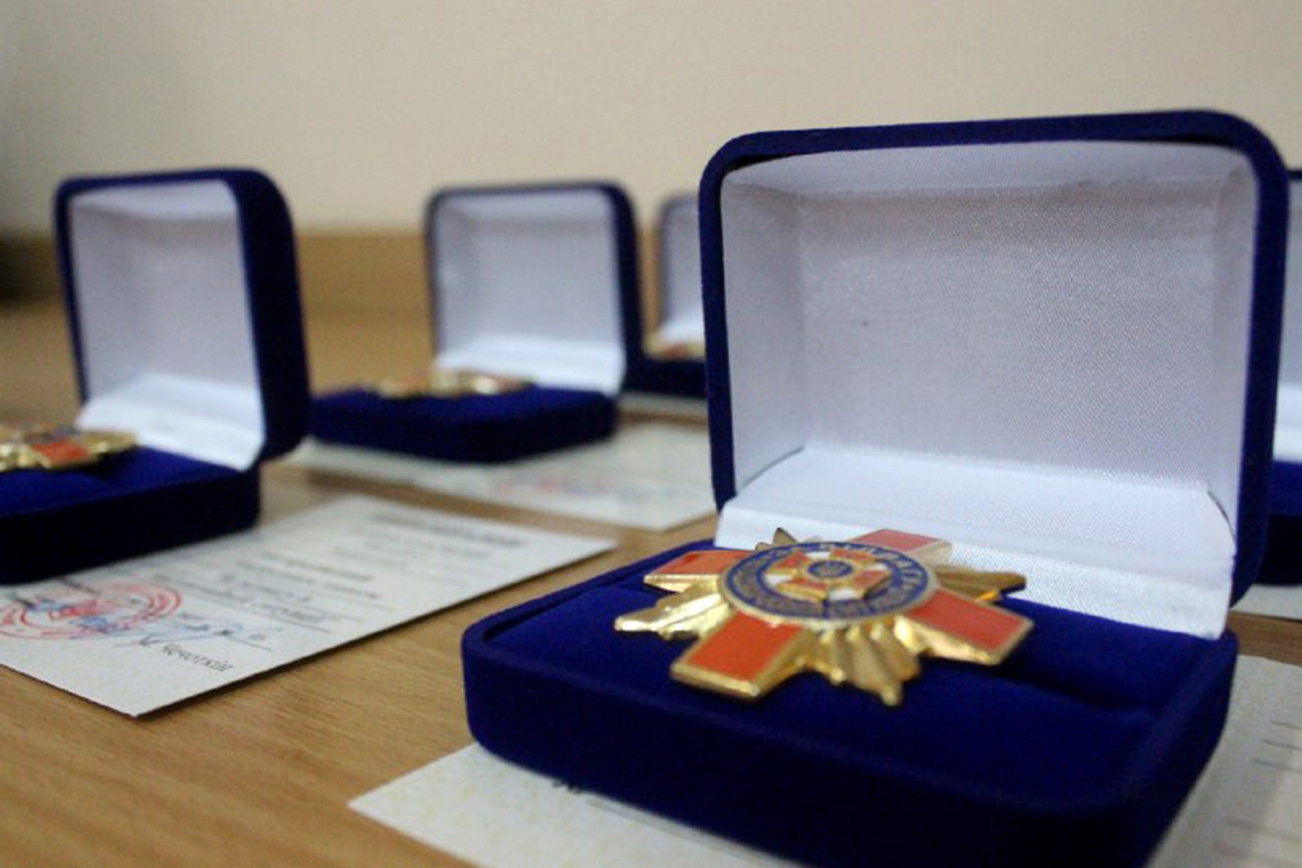 На Хмельниччині нагородили кращих рятувальників за підсумками 2020 року